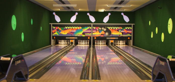 The Manor 10-pin bowling